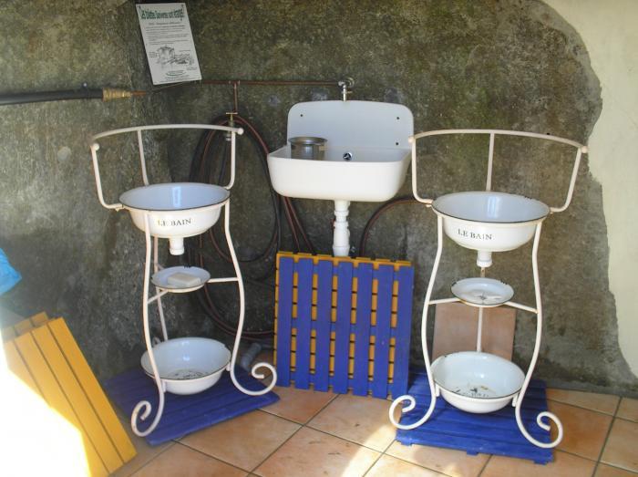 la salle de bain du refuge